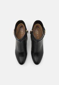 Lauren Ralph Lauren - ARIANNE - Kotníkové boty - black - 4