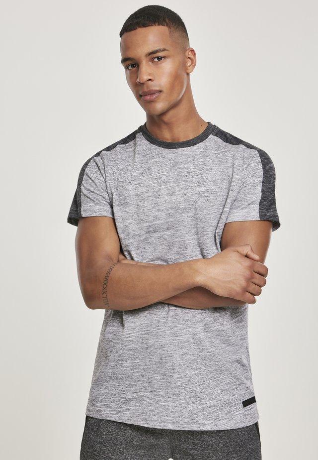 TECH  - T-shirt print - gery