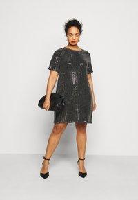 Pieces Curve - PCHAILA DRESS CURVE - Cocktail dress / Party dress - black/silver - 1