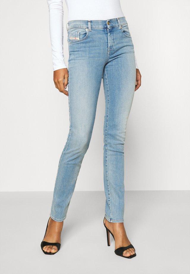 D-SANDY - Jeans Slim Fit - light blue