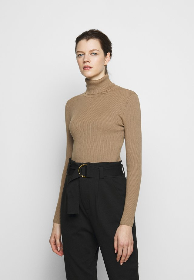 TURTLE NECK - Sweter - classic camel
