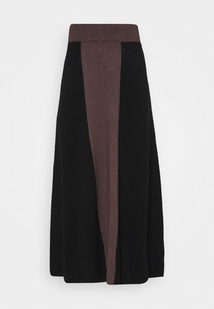 PUNAN - Maxi skirt - black