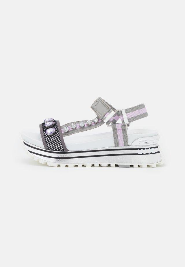 MAXI  - Sandały na platformie - ciment