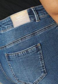 ONLY Carmakoma - CARSALLYLIFE - Jeans Skinny Fit - light blue denim - 5