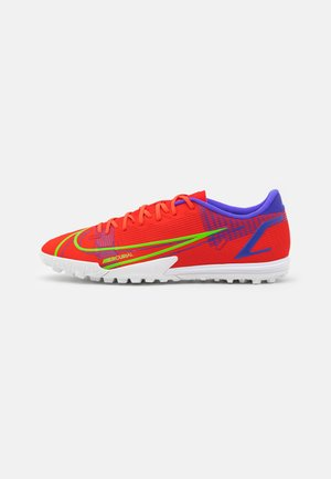 MERCURIAL VAPOR 14 ACADEMY TF - Astro turf trainers - bright crimson/metallic silver
