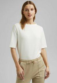 Esprit - FASHION  - Basic T-shirt - off white - 0
