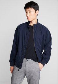 GAP - UNFILLED HARRINGTON  - Summer jacket - new classic navy - 0