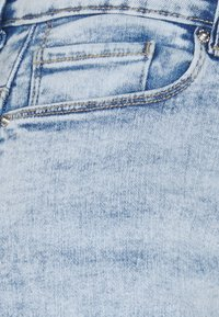 ONLY - ONLPAOLA LIFE - Denim shorts - light blue denim - 2