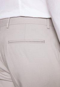 Viggo - NEW GOTHENBURG SUIT - Suit - silver grey - 7