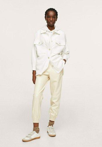 Button-down blouse - cremeweiß