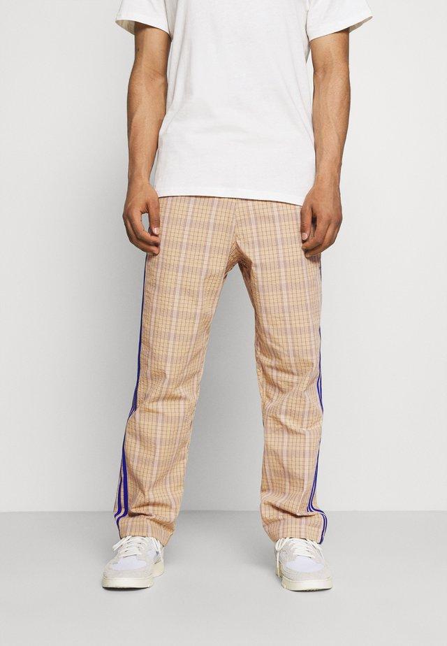 UNISEX - Pantalones - hazy beige