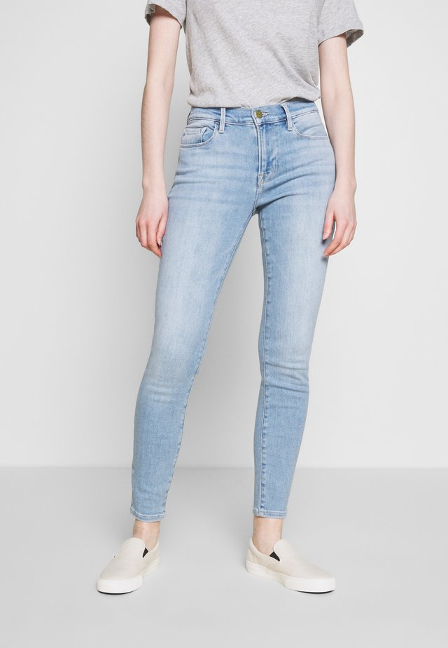 LE DE JEANNE - Jeans Skinny Fit - blue denim