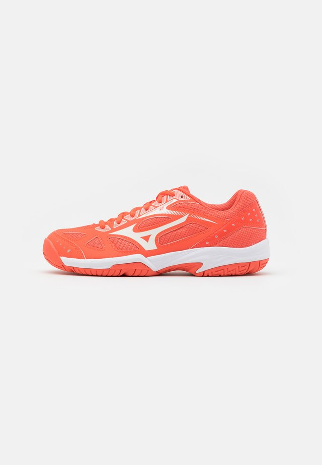 CYCLONE SPEED 2 - Volleybalschoenen - living coral/snow white