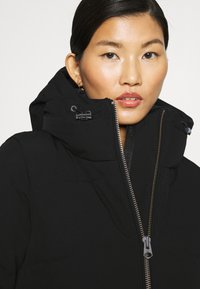 Calvin Klein - ELEVATED LONG LENGTH JACKET - Winter coat - black - 4