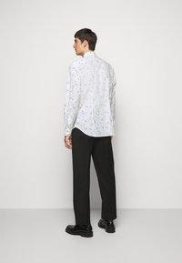 Paul Smith - GENTS SLIM - Shirt - white - 2