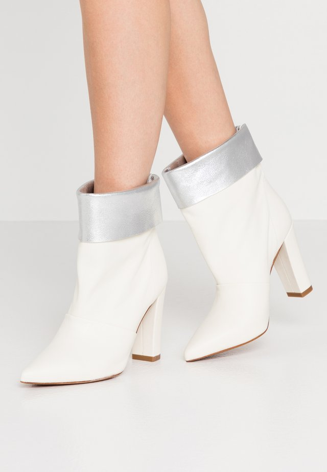 SAVINA - High heeled ankle boots - offwhite
