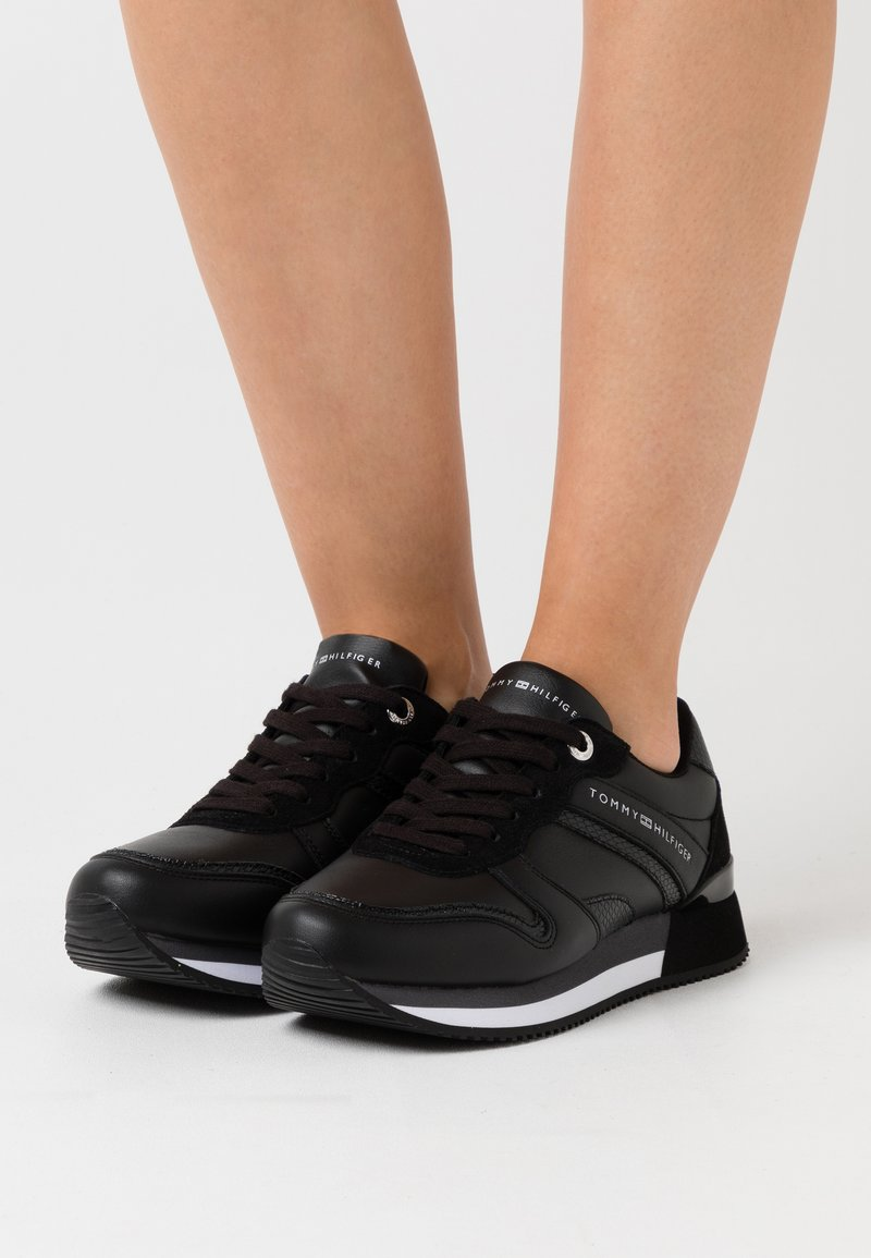 Tommy Hilfiger - ACTIVE - Trainers - black