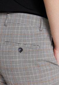 KIOMI - Trousers - light grey - 5