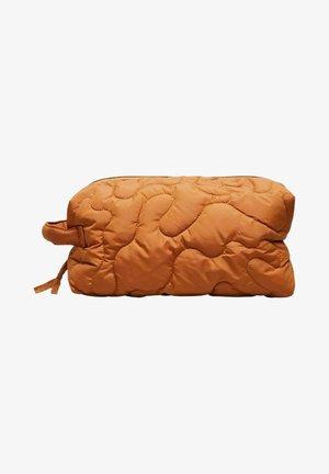 Wash bag - sudan brown