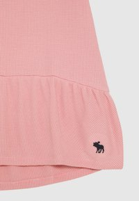 Abercrombie & Fitch - RUCHED TEE - Camiseta básica - blush - 2