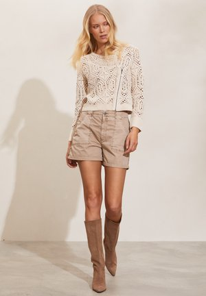 YASMIN - Cardigan - light chalk