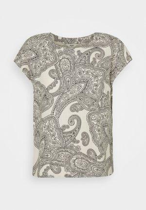 OBJADILLA TOP - Print T-shirt - sandshell/sky captain