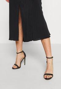 Weekday - WAVE SKIRT - A-line skirt - black - 3