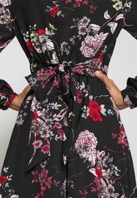 Vero Moda - VMKATINKA TIE DRESS - Denní šaty - black - 6