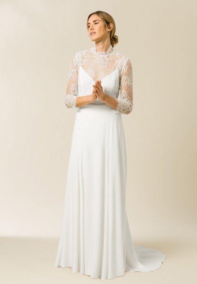Suknia balowa - snow white