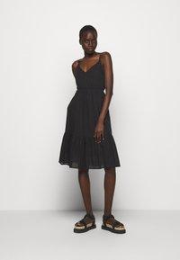 Hofmann Copenhagen - ANNABELLA - Robe d'été - black print - 1