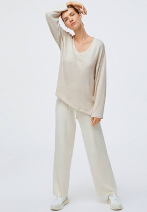 SOFT TOUCH - Jumper - beige