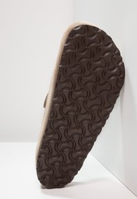 Birkenstock - BOSTON SOFT FOOTBED - Slippers - taupe - 4