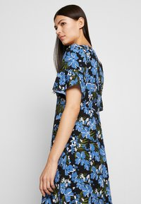 MICHAEL Michael Kors - BOLD FLARE DRESS - Day dress - black/ vintage blue - 4