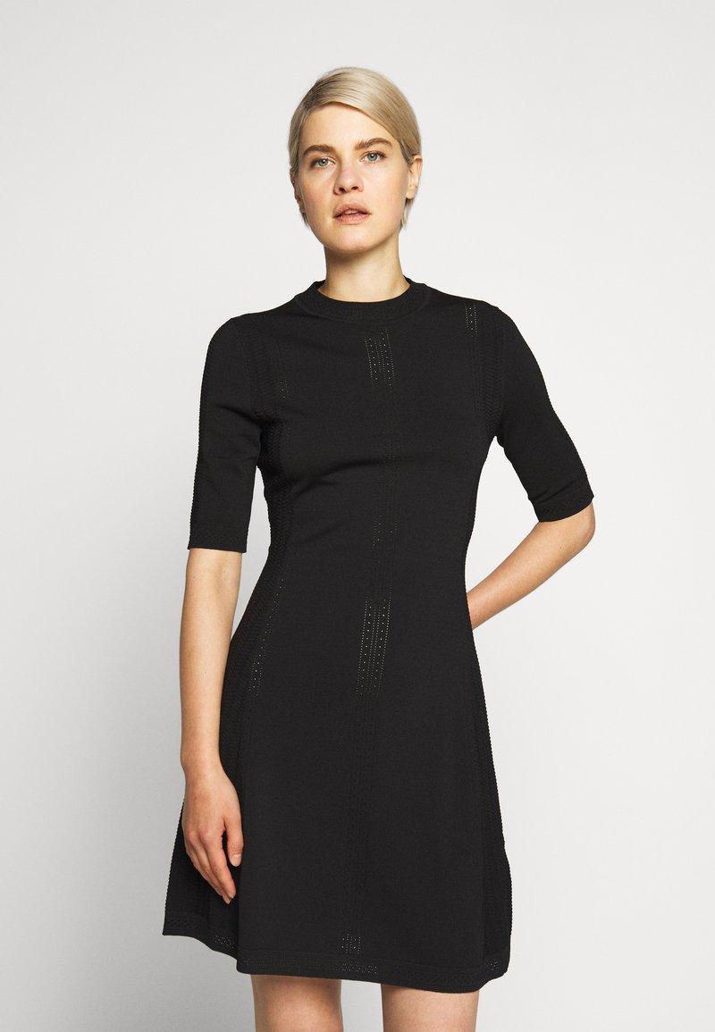 HUGO - SHATHA - Pletené šaty - black