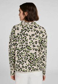 Oui - IM ANGESAGTEM PRINT - Sweatshirt - light grey green - 2