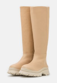 Selected Femme - SLFLUCY HIGH SHAFTED BOOT  - Platform boots - sand - 2
