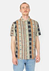 Roark - Shirt - stone - 0