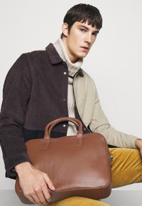 STUDIO ID - BRIEFCASE UNISEX - Aktentasche - tan - 0