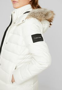 Calvin Klein - ESSENTIAL JACKET - Dunjakke - white - 6