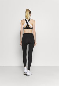 Puma - FAVORITE FOREVER HIGH WAIST 7/8 - Leggings - black - 2