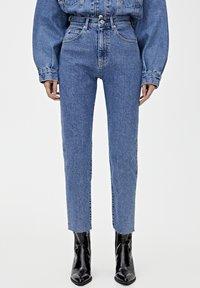 PULL&BEAR - MOM - Jeansy Slim Fit - blue - 0