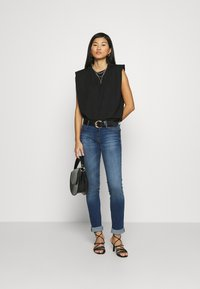 Mavi - LINDY - Slim fit jeans - dark brushed glam - 1