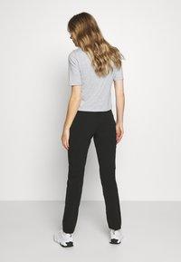 Salomon - WAYFARER TAPERED PANT - Outdoor trousers - black - 2