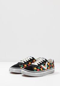 Vans - SPORT - Trainers - black/multicolor - 2