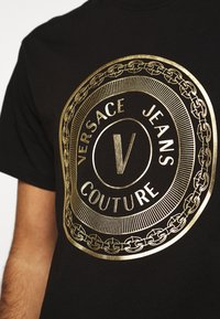 Versace Jeans Couture - MOUSE - T-shirt con stampa - black - 5