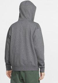 Nike Sportswear - CLUB HOODIE - Sweat à capuche zippé - charcoal heather/anthracite/white - 2