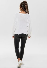 ONLY - ONLHILDE - Jumper - white