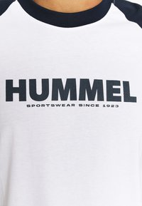 Hummel - T-shirts print - white - 6