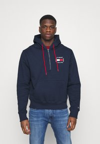 Tommy Jeans - HALF ZIP HOODIE UNISEX - Sweatshirt - twilight navy - 0