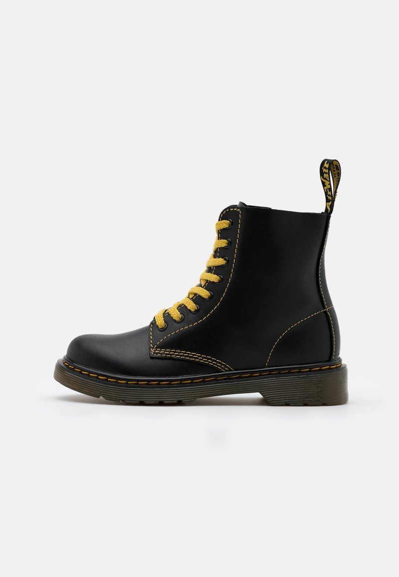 Dr. Martens - 1460 PASCAL  - Veterboots - black